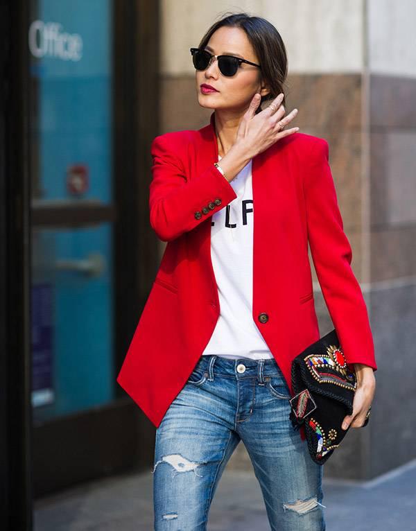Aposte em blazers com cores vibrantes