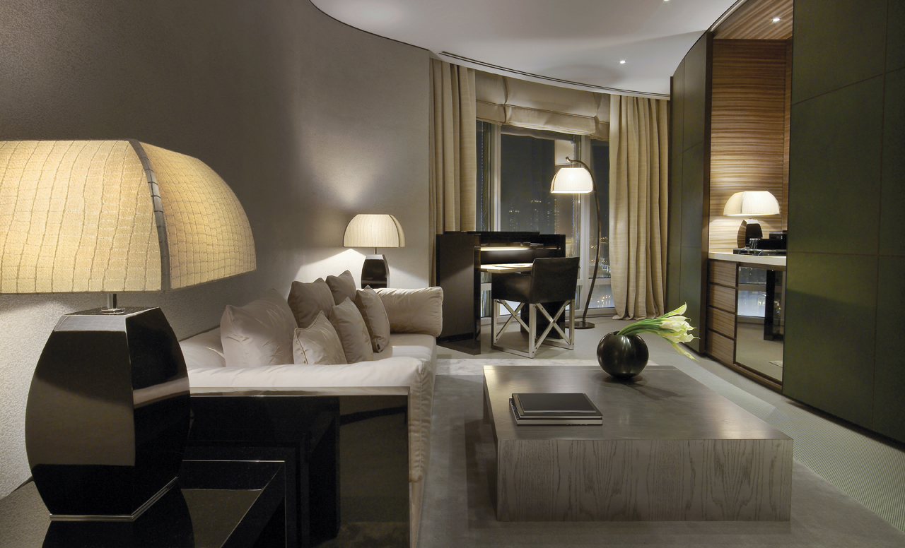 Suite do hotel de luxo The Armani Dubai