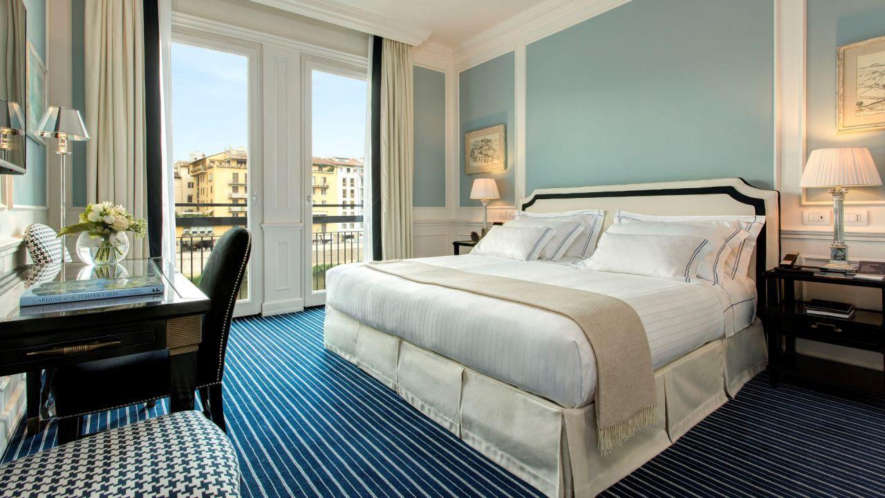 Quarto com vista do hotel de luxo Lungarno