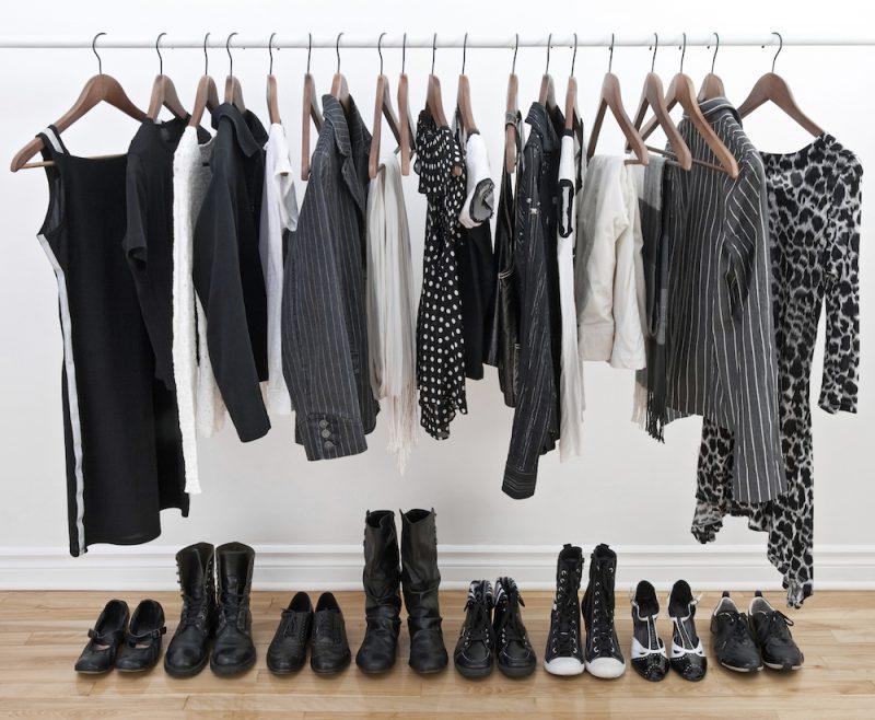 Armário minimalista para saber sempre o que vestir